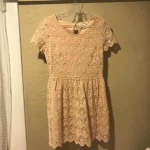 Forever 21. Tan. Lace Detailed. Dress. Size Small.